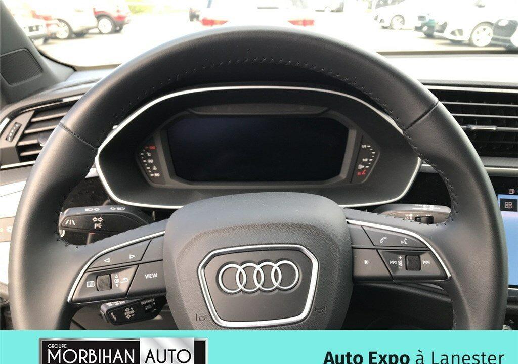 AUDI Q3 35 TFSI 150 CH Design